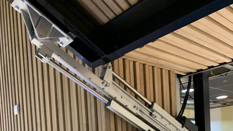 Harryvan Interieurbouw | Toffe oplossingen - oplossing luiken horeca outlet