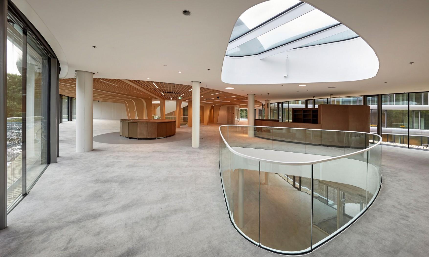 Harryvan Interieurbouw | specials plafond en wandbekleding (Triodos Bank Driebergen)