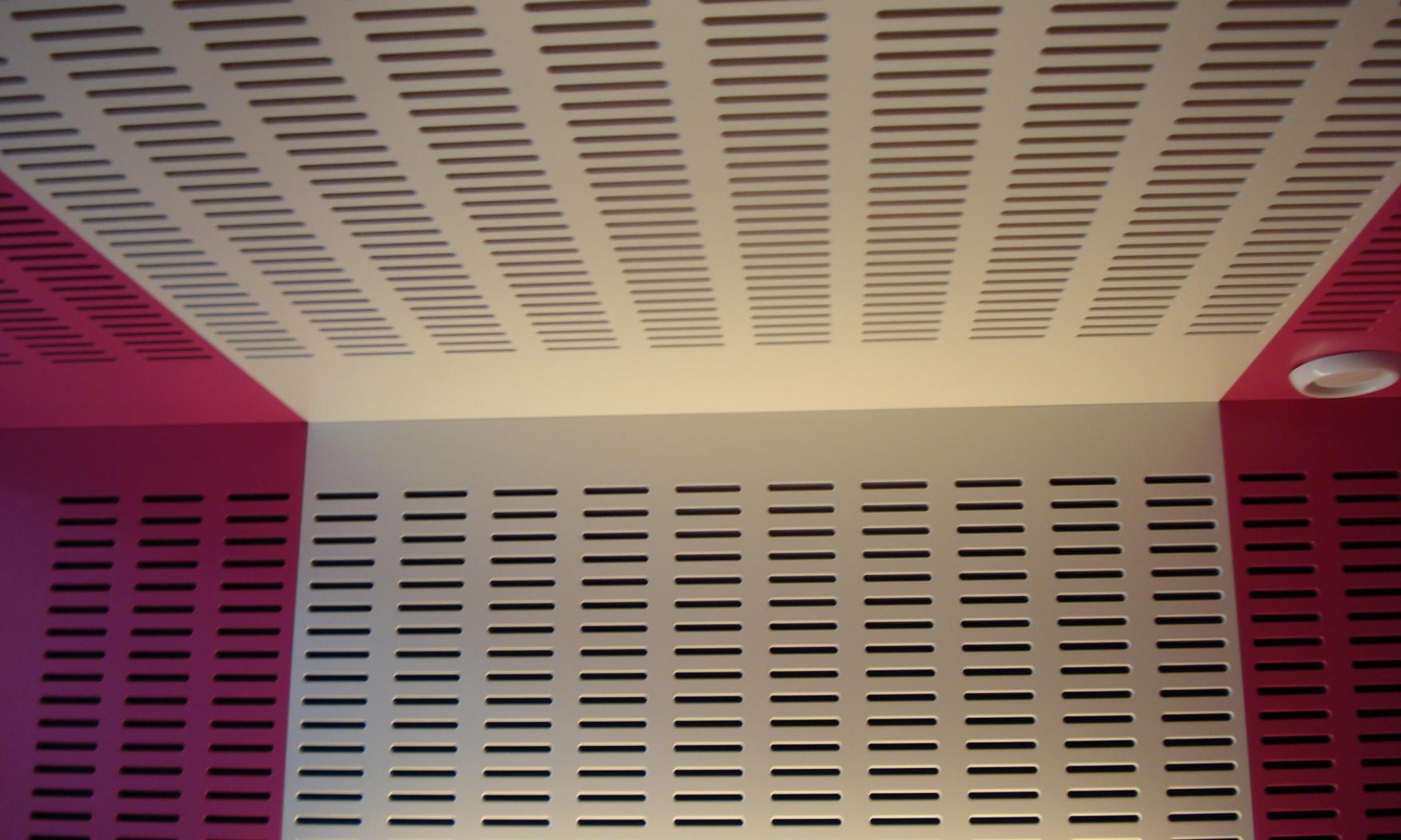 Harryvan Interierbouw | akoestische plafond en wandbekleding (Stenden Hogeschool Meppel)