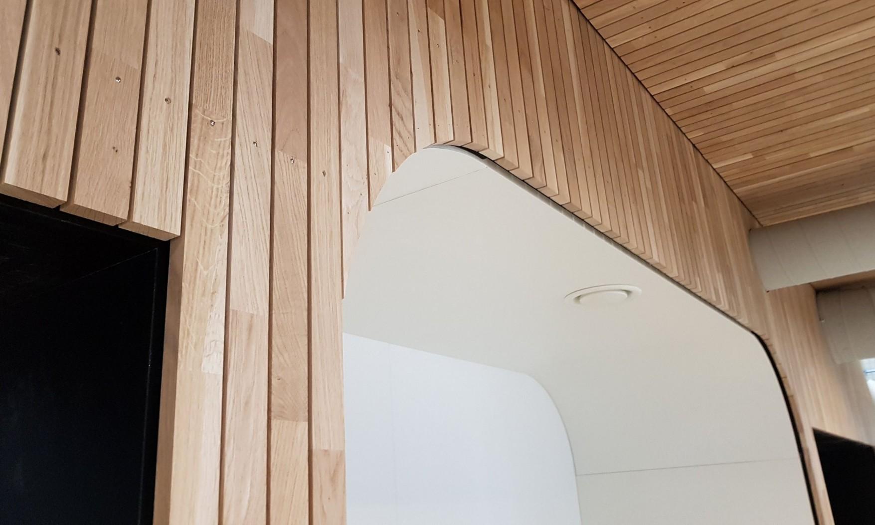 Harryvan Interieurbouw | latten plafond en wandbekleding (DOC Winschoten)