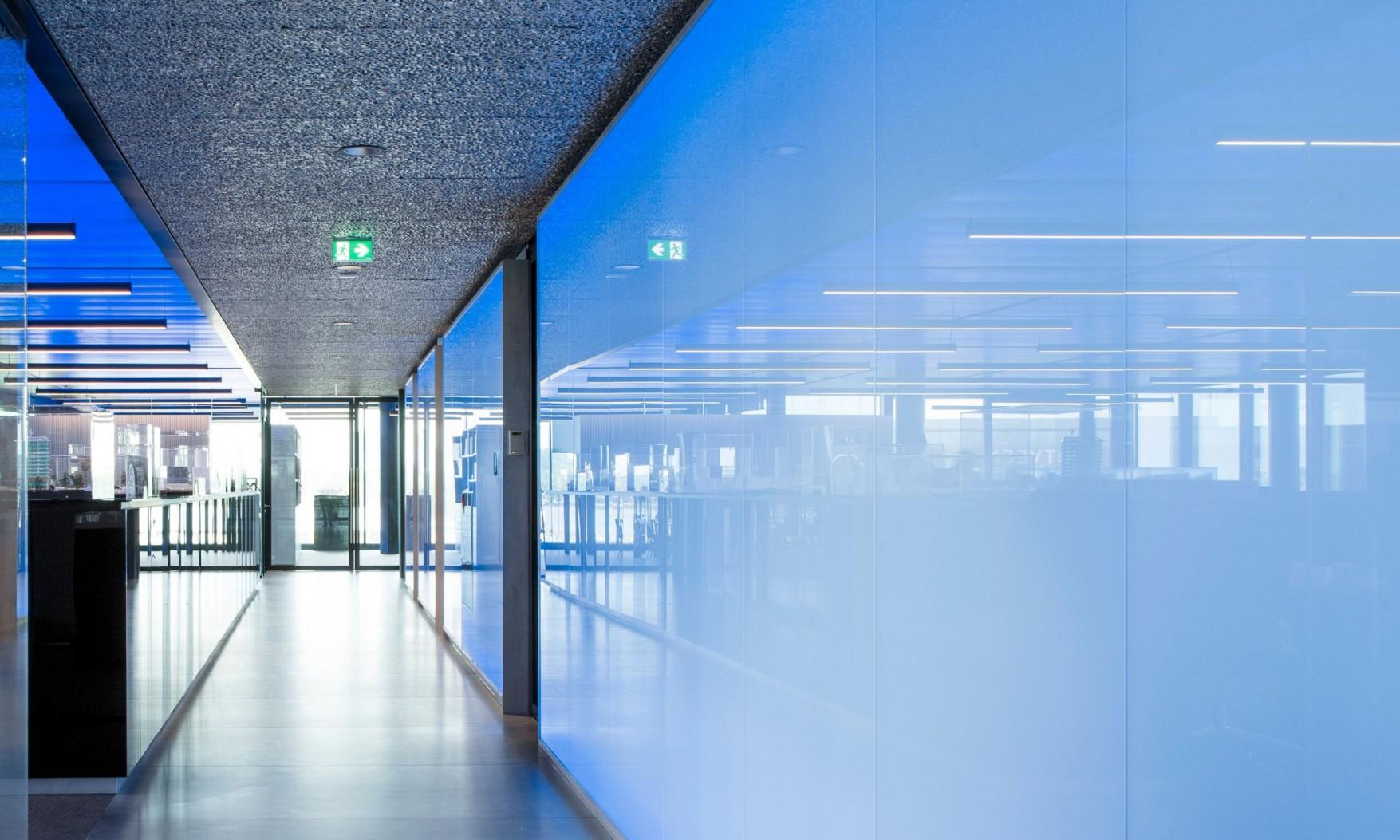 Harryvan Interieurbouw | specials plafond en wandbekleding (The Flow Amsterdam)
